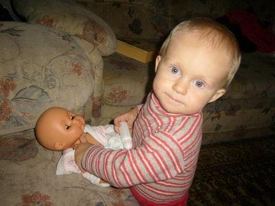 В развитии сына помогла кукла.