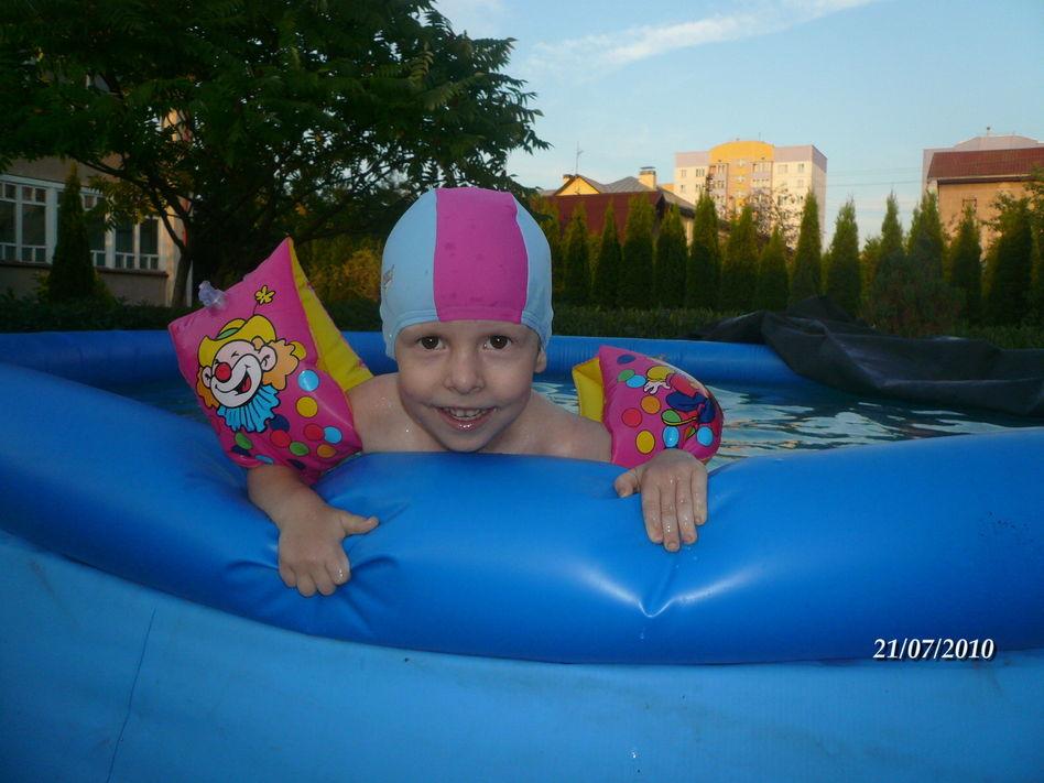 Купашки в бассейне!