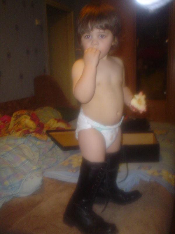 мам,это точно мои сапоги???...