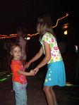 Танцы, танцы, танцуют девченки:)