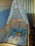 кроватка для нашего малыша, старшей очень нравится!