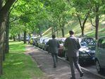 Ряд машин на свадьбе