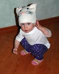 шапка-кошка.