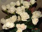 эти цветы подарил папка маме за меня...