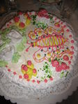 а это торт от бабушки на день рождение