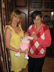 Алиса с мамой и бабушкой 2 месяца