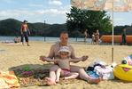 на пляже.. Настюшке 3г 10мес Украина, август 2009г