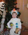 У елки мой снеговичок))