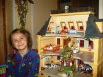 и в кукольном доме новый год
