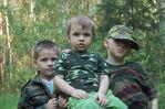 с братьями Алешей и Юрой