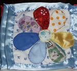 Учим цвета, каждый лепесток наполнен крупой и шуршащим пакетиком.