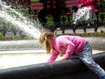 Лика у фонтана