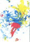 Первый Настин рисунок пальчиковыми красками